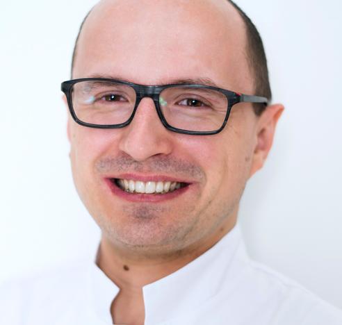 dr Arkadiusz Adamczyk